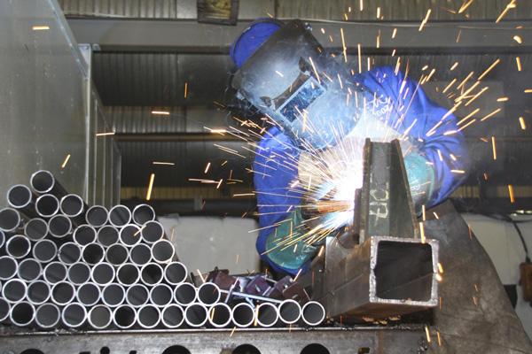 Assemblaggio Alluminio Trefil Lavorazione Dell Acciaio Inox